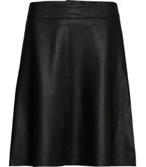 rebecca leat.skirt kort kjol svart kaffe