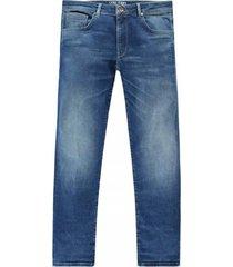 jeans bates