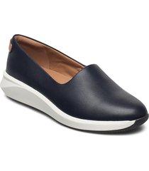un rio step loafers låga skor blå clarks