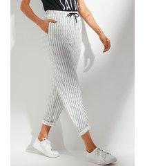 bolsillos laterales blancos cintura con cordón raya pantalones