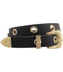 cinturón negro bohemia de ojales con hebilla, pasador y puntera dorada