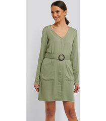 na-kd belted long sleeve dress - green