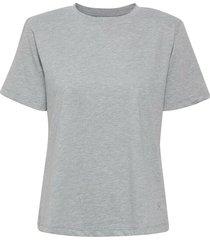 10904992 t-shirt