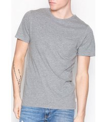 jack & jones jjepocket tee ss o-neck noos t-shirts & linnen ljus grå