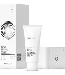 beyoung facial essential fps 50 protetor solar skin collection 35ml - incolor - dafiti