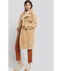 na-kd trend long teddy fur jacket - beige