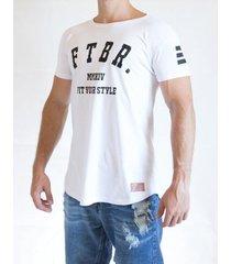 camiseta fit training brasil longline masculina