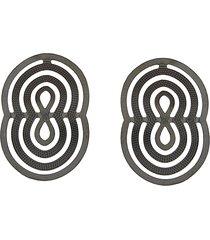 brinco narcizza semijoias oval transpassado - ródio negro
