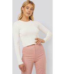 na-kd ribbstickad croppad tröja - white