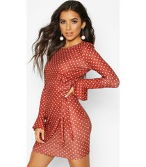 mock wrap dress with fluted sleeves, rust