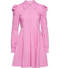 lucy kort klänning rosa custommade