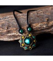 collana vinage etnica con pendente di fiore in agata e smalto colorato collana da maglione per lei