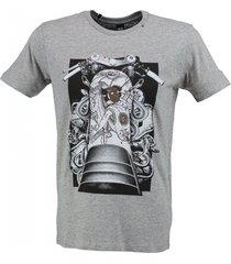 replay zacht grijs t-shirt valt 1 maat kleiner