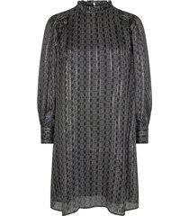 135970 dress