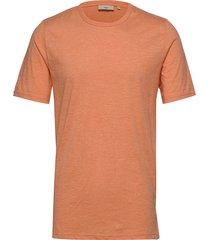 delta t-shirts short-sleeved orange minimum