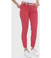 jeans 5 bolsillos con cinturón coral curvi