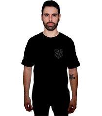 camiseta manga curta skate eterno flechas bolso preta - kanui