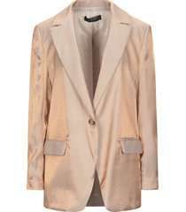 icona by kaos suit jackets