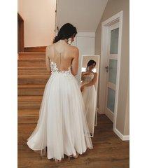 tiulowa suknia ślubna boho litera a // luiza