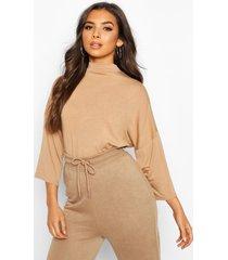 basic oversized high neck 3/4 sleeve t-shirt, camel