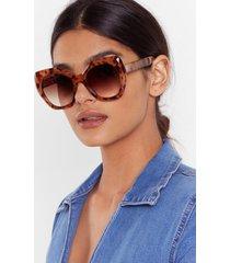 womens oversized round frame tortoiseshell sunglasses - brown