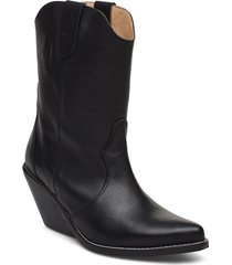 livia leather black shoes boots ankle boots ankle boots with heel svart henry kole
