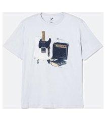 camiseta manga curta em algodão estampa guitarra - plus size | marfinno | cinza claro | eg iii