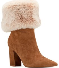 bota gamuza chrissa beige nine west