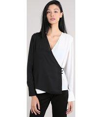 blusa feminina mindset transpassada bicolor manga longa decote v preta