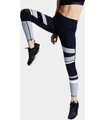 black and white contrasting color sports leggings