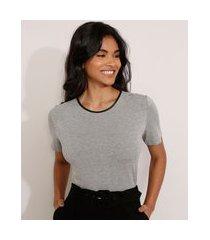 camiseta manga curta decote redondo contrastante cinza mescla