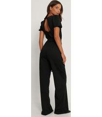 trendyol jumpsuit med detaljer - black