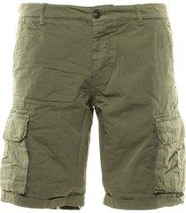 bermuda cargo 3746 shorts