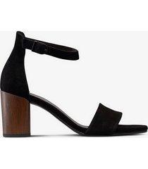 sandalett carol
