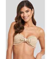 na-kd swimwear smocked striped knot bandeau bikini top - beige