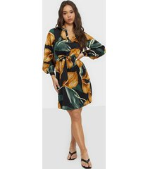 object collectors item objfania l/s short dress a q långärmade klänningar