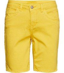 vita capri twill short - regular fi bermudashorts shorts gul cream