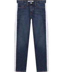 ig0ig00002 boyfriend jeans