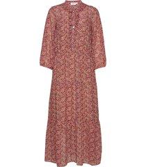 aurorasz maxi dress maxiklänning festklänning rosa saint tropez