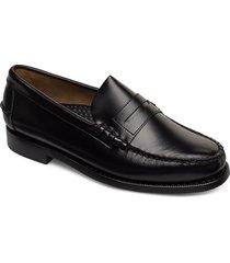 classic loafers låga skor svart sebago