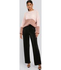 na-kd trend mini pleated babylock pants - black