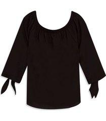 blusa con detalles en manga color negro, talla xs