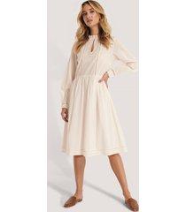 na-kd boho cotton frill a-line dress - offwhite