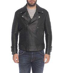 chaqueta de cuero negro pico