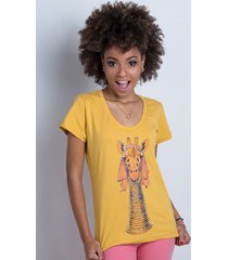 camiseta padaung giraffe