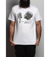 camiseta vivart microfone