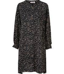skjortklänning nelly shirt dress