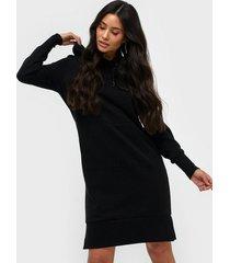 pieces pckiba ls hoodie dress bf långärmade klänningar
