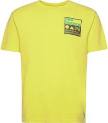 athletics trail stamp t-shirt t-shirts short-sleeved gul new balance