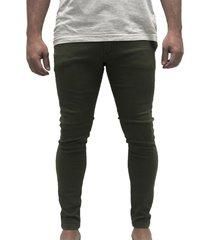 pantalón verde desigual